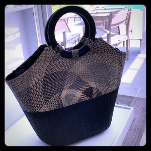 Modern Straw Tote with Round Wood Handle